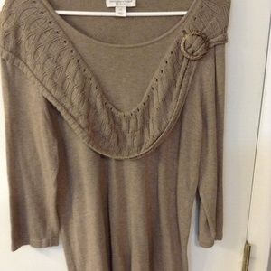Christopher Banks tan sweater Sz P/L
